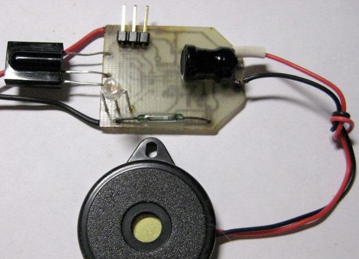 Собранное устройство, ИК-приёмник - TSOP1736